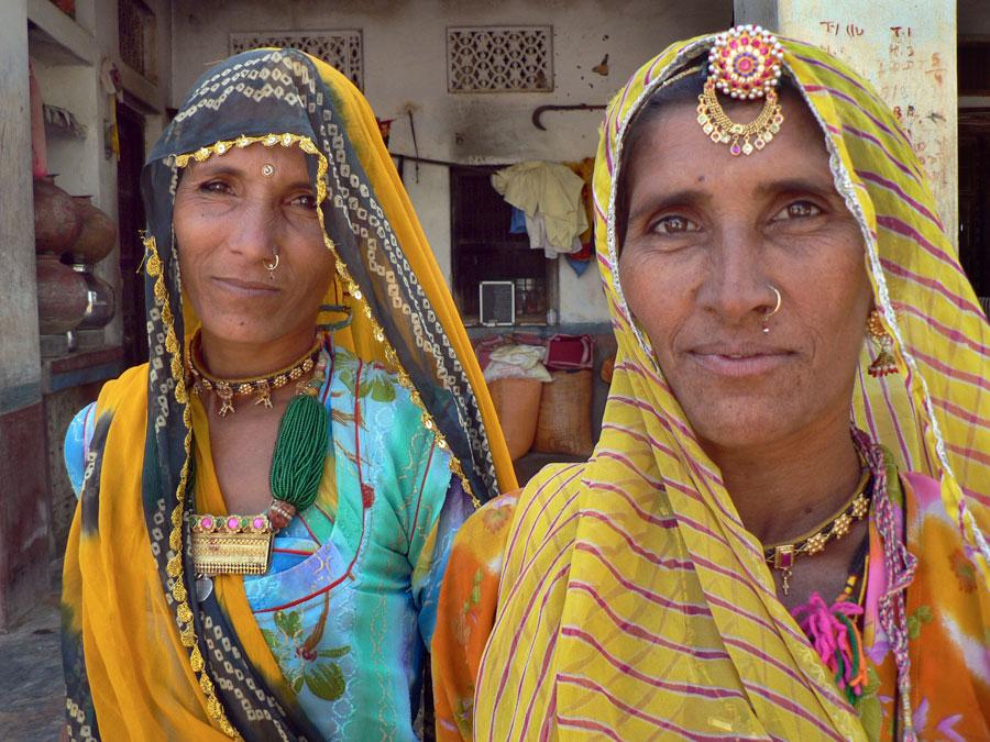 Sisters, Rajasthan 2008